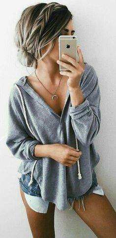 Find More at => http://feedproxy.google.com/~r/amazingoutfits/~3/vrhoUDIeJ10/AmazingOutfits.page (Pretty Top Sweaters)