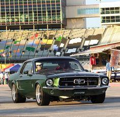 bullitt spec 1968 ford mustang fastback mustang mustang ford rh pinterest com