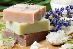 Come fare il sapone fatto in casa (senza la soda caustica) | Case da incubo