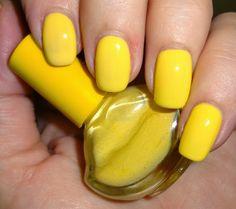 Wendy's Delights: Born Pretty Store Lip Shaped Nail Polish Bottle - Yellow FREE SHIPPING & 10% DISCOUNT CODE HXBQ10 @BornPrettyStoreDaisy