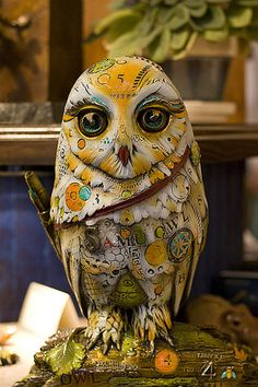 ☺paper owl sculpture  www.yournestdesign.blogspot.com