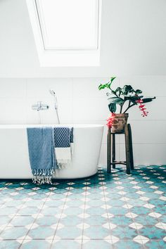 Beyond words Attic renovation before and after,Attic renovation calgary and Attic bathroom no hot water. Bad Inspiration, Bathroom Inspiration, Bathroom Ideas, Simple Bathroom, White Bathroom, Bathroom Designs, Bathroom Goals, Modern Bathroom, Nature Bathroom