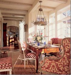 Love this alcove dining area......but then I love everything this man designed........he was the best!