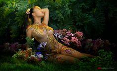 diseños-de-pintura-corporal-con-flores