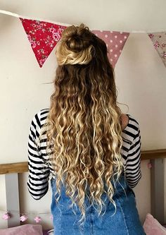 Ombre Blond, Balayage Blond, Blonde Hair With Highlights, Ombre Hair, Long Natural Curls, Natural Hair Styles, Short Hair Styles, Natural Balyage, Natural Waves
