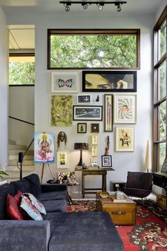 Modern Architecture with Eclectic Decor Inspired by Bauhaus Style Design Bauhaus, Bauhaus Style, Style At Home, Living Room Decor, Living Spaces, Bedroom Decor, Decor Room, Living Area, Living Rooms