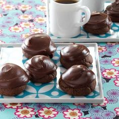"""Chocolate-Covered Cherry Cookies from Taste of Home/Marie Kinyon. Mmm, I love chocolate -covered cherries, so I bet these are """"delisherous. Cookie Desserts, Just Desserts, Cookie Recipes, Delicious Desserts, Dessert Recipes, Cherry Desserts, Cherry Recipes, Dessert Healthy, Breakfast Healthy"""