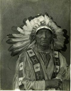 Surrounded - Yanktonai (Crow Creek Band) - 1909