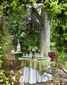 YARD – great design! The Enchanted Home: Dining al fresco, my new tabletop has arrived and a winner!