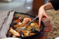 Cooking classes in Barcelona : London girl in Barcelona, can help you find decent places to eat!