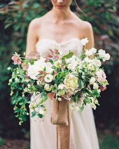Paired exquistely with a simple gown, this lush bouquet by @bowsandarrowsflowers…