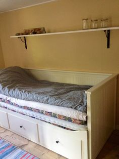 Soldat Rymans stugor Table, Furniture, Home Decor, Decoration Home, Room Decor, Home Furniture, Interior Design, Home Interiors, Desk
