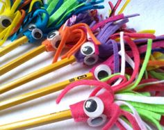 Monster Pencil Topper set of Four, Felt Pencil Toppers, Monster Party Favor Pencils by CurlyTailCrafts on Etsy Foam Crafts, Easy Crafts, Crafts For Kids, Arts And Crafts, Monster Party Favors, Pen Toppers, Pencil Crafts, Fete Ideas, Ideas Party