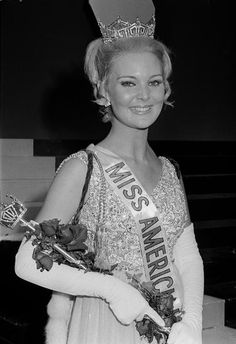 1970 | Pamela Anne Eldred, the nation's new Miss America of 1970, poses with all her regal trappings at Atlantic City, N.J., Sept. 8, 1969, following her crowning. She is 21 and hails from Detroit.