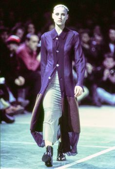 Comme des Garçons Fall 1993 Ready-to-Wear Fashion Show - Ève Salvail