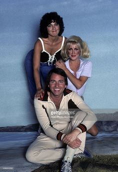 """""""Three's Company"""" Cast Gallery - August 28, 1978. (Photo by ABC Photo Archives/ABC via Getty Images)JOHN RITTER;SUZANNE SOMERS;JOYCE DEWITT Top Tv Shows, Great Tv Shows, Comedy Tv, Comedy Show, Classic Tv, Classic Movies, Ann Jillian, Chrissy Snow, John Ritter"""
