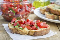 """I love the traditional Italian appetiser bruschetta (pronounced """"broo-sketta""""), and I quite often have it for breakfast& It is usually eaten as a starter to a meal, or can also be served as a party snack. It's not only very tasty, but also tomatoes. Healthy Meals For Kids, Kids Meals, Bruschetta Recept, Twisted Recipes, Italian Appetizers, Yummy Food, Tasty, Snacks Für Party, Seasonal Food"""