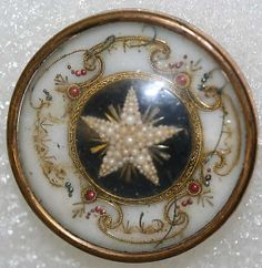1775 French glass, pearl  metal button.