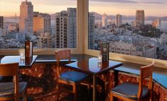 San Francisco is not crowded with rooftop bars like New York City, but you can find some really great places to enjoy a cocktail with friends or plan a romantic night for your date. If you love to watch the sunset and admire the landscape, check out San Francisco's top