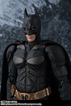 New S.H. Figuarts The Dark Knight Movie Batman Figure Images & Info