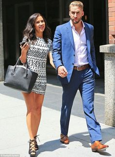Newly engaged Kaitlyn Bristowe and Shawn Booth steal a kiss in NYC - Celebrity Fashion Trends
