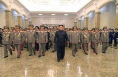 ΠΑΡΕΜΒΑΣΕΙΣ ΣΤΗΝ ΕΠΙΚΑΙΡΟΤΗΤΑ: Φήμες για πραξικόπημα κατά του Κιμ Γιονγκ Ουν