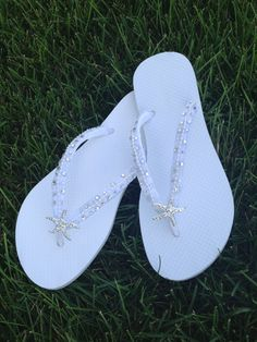 ee6d6471575f Bridal Flip Flops - In White With Tropical Starfish Perfect For Your Destination  Beach Wedding