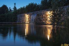 Sprankelend Water | Vijver | Inspiratie | Wandlamp FISH EYE WALL | Buitenverlichting 12V | Stenen muur | Outdoor lighting