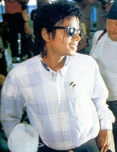 Michael Jackson in Japan in 1987