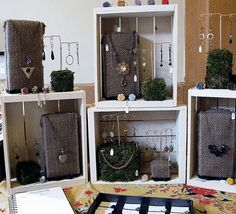 TTE Designs~: Doing an Outdoor Show - Using burlap wrapped bricks as weights and displays...