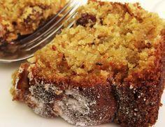 Receita de Bolo de Cenoura com Nozes http://www.pinterest.com/ginapellegrini/bolos-mufins-e-cupcakes/