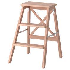 IKEA - BEKVÄM, Trittleiter, 3 Tritte, Buche, Zusammenklappbar - spart Platz, wenn nicht in Gebrauch. Massivholz ist ein strapazierfähiges Naturmaterial, das bei Bedarf abgeschliffen und oberflächenbehandelt werden kann. Wandhaken inklusive.