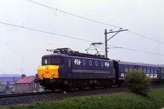 Trains, Dutch, Vehicles, Om, Historia, Nostalgia, Dutch Language, Car, Train