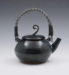 Tea pot goodelephant.
