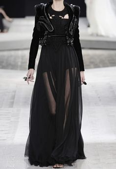 Fuck Yeah Fashion Couture | runwayandcouture: Givenchy Haute Couture Fall...