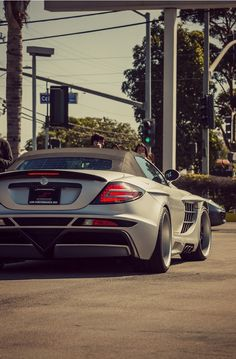 Mercedes-Benz SLR McLaren. Dreamer Garage