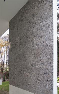 Wall in Ceppo di Gre waterjet by Potier Stone