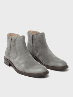Oxford Boots, John Varvatos, Converse Sneakers, Dress With Boots, Casual Boots, Leather Design, Suede Boots, Chelsea Boots, Men's Shoes