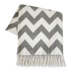 I wish I was sitting on my couch with this chevron blanket on my lap right now!