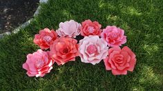 Loose paper flowers ♡ starting at $9.50