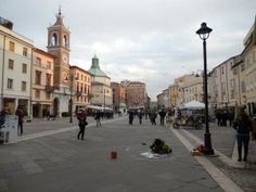 @Alice Grussu: #TheGreatBeauty in Italy is everywhere: #Rimini Piazza Tre Martiri #ITisME