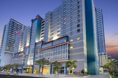 Miami Brickell Hotels: Hampton Inn & Suites Miami Brickell Downtown, FL OFFICIAL WEBSITE. A new Hampton Inn & Suites hotel in Brickell Miami Downtown, brickell elegance priced right nestled between Conrad Hilton, JW Marriott, and Viceroy