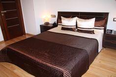 Eksluzywne narzuty czekoladowe na łóżko sypialniane