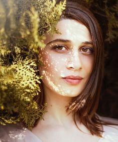 Avoir une peau saine & lumineuse» en commençant par un nettoyage irréprochable de la peau à effectuer le soir. Démaquillage à l'huile puis nettoyage au savon.Après ces 1eres étapes, votre peau a besoin d'une lotion naturelle.