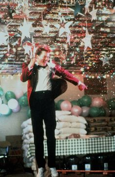 When/if I get married, I totally want a Footloose-inspired 80's-theme wedding, maybe even with a Bacon-clone groom and puffy sleeves on the wedding dress. #bucketlist