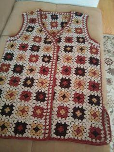 This Pin was discovered by Güz Kimono Pattern, Cardigan Pattern, Jacket Pattern, Crotchet Dress, Crochet Blouse, Crochet Baby, Free Crochet, Knit Crochet, Knitting Patterns