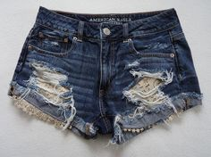American Eagle Damen 8 Shorts Denim Hi-Rise Festival Destroyed Lace - Outfit Ideen American Eagle Shorts, American Eagle Outfits, Denim Cutoff Shorts, Cute Shorts, Ripped Jeans, Jean Shorts, Short Outfits, Summer Outfits, Summer Clothes