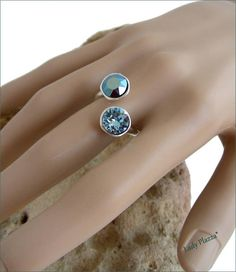 Silver/ blue crystal ring Bague Argent / doubles chatons Swarovski, Blue Crystals, Sapphire, Rings, Silver, Etsy, Jewelry, Crystal Ring, Kittens