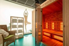 Sit down in one of our infrared saunas after a workout, and allow your body to recover faster. Cool Swimming Pools, Best Swimming, Infrared Heater, Infrared Sauna, Indoor Sauna, Barrel Sauna, Traditional Saunas, Salt Room, Sauna Design