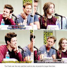 The Flash cast - comic con 2015